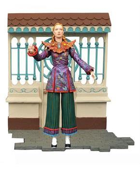Alice in Wonderland Through the Looking Glass Alice Select Action Figure