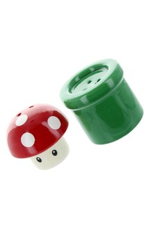 Super Mario Bros. Mushroom and Pipe Salt and Pepper Shakers