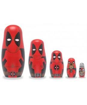 Marvel Deadpool 5-Piece Wood Nesting Doll Set