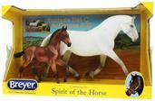 Breyer 1:9 Traditional Series Model Mare and Foal: Fantasia Del C and Gozosa