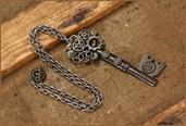 Steampunk Large Antique Key Gear Costume Necklace Adult